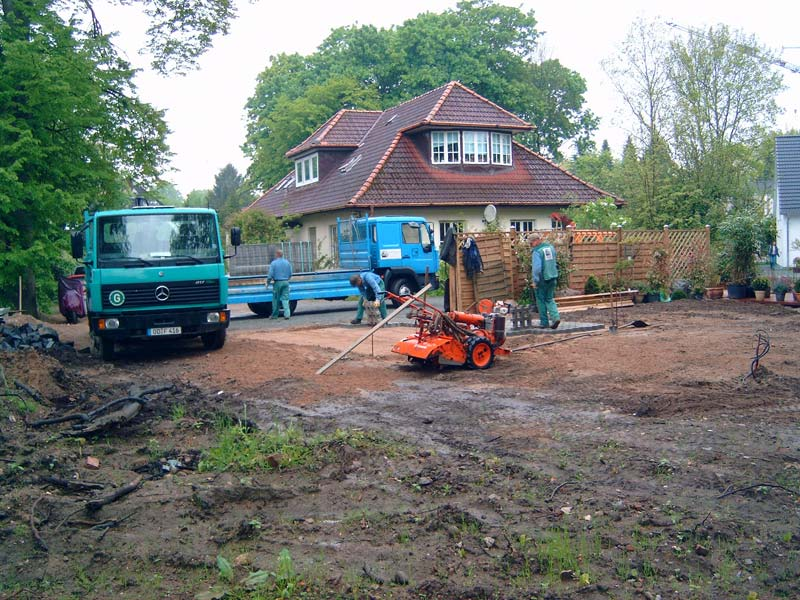 Garten und landschaftsbau maschinen  GARTEN- UND LANDSCHAFTSBAU FRANK SCHYPKOWSKI